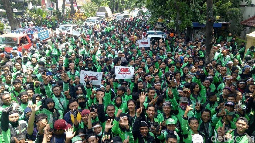 Driver Ojol Ancam Demo Jika Usulan Tarif Rp 3.000/Km Tak Dipenuhi