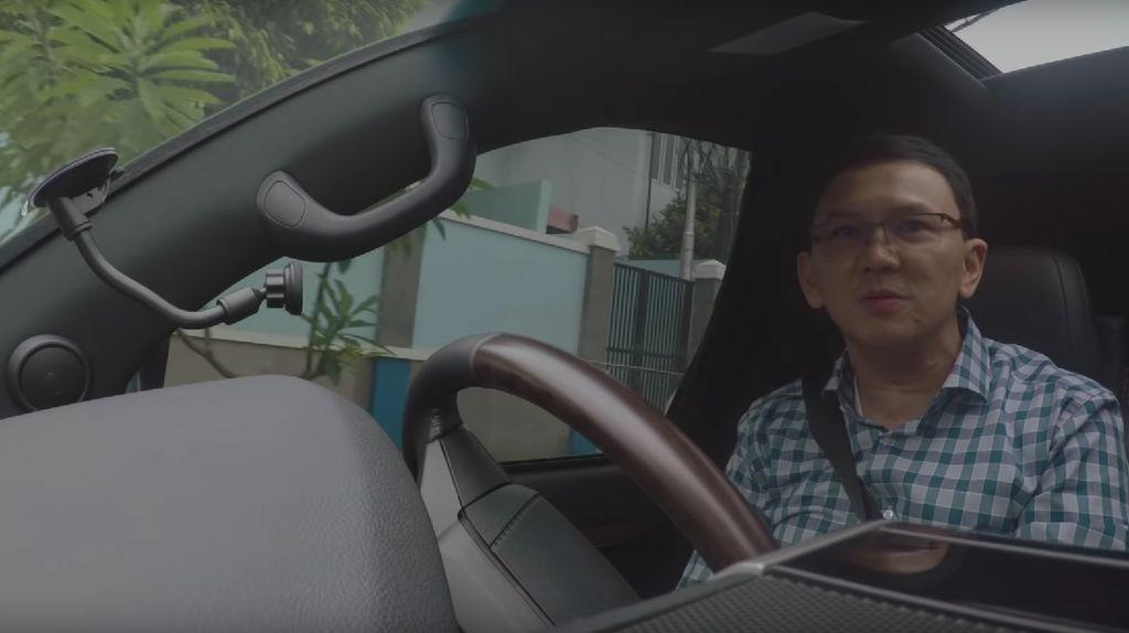 Kata Ahok saat Nyetir Lagi: Bawa Mobil di Jakarta Hati-hati