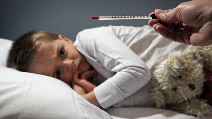 Belakangan lagi banyak ibu-ibu mengeluh anaknya kena flu perut (Foto: iStock)