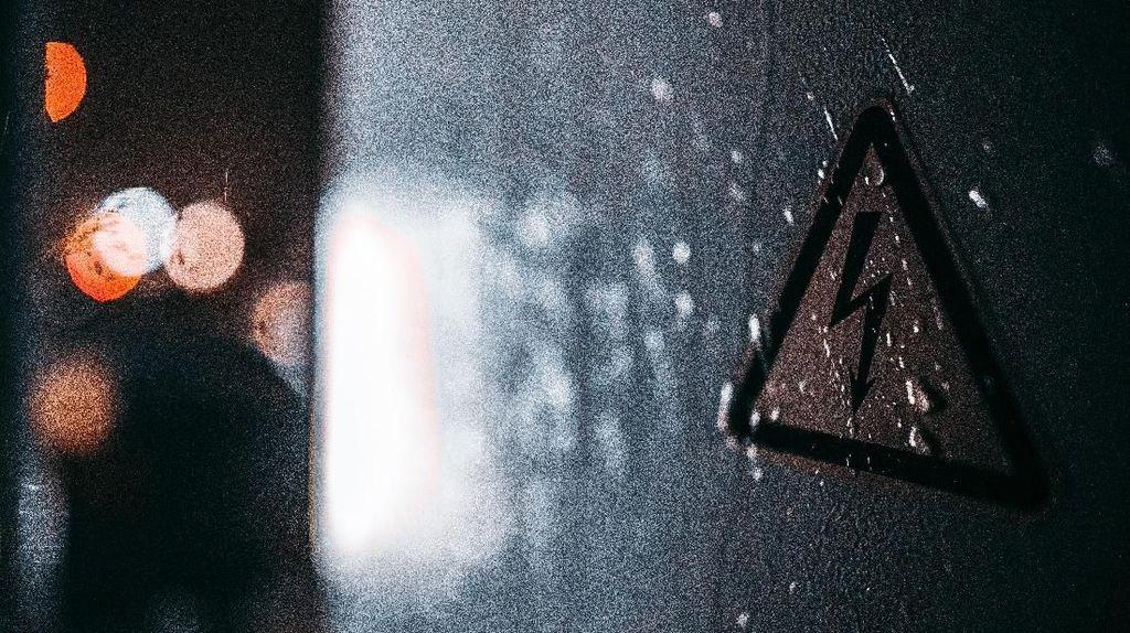 Pria Lanjut Usia di Sumedang Tewas Kesetrum Saat Buat Torn di Rumahnya