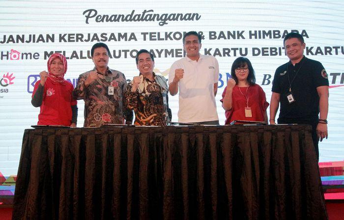 PT Telkom Indonesia (Persero) Tbk (Telkom) menjalin kerjasama dengan Himpunan Bank Negara (HIMBARA), yakni Bank BRI, Bank Mandiri, Bank BNI dan Bank BTN. Penandatanganan Perjanjian Kerjasama ini yakni untuk Program Diskon Pembayaran IndiHome menggunakan Autopayment Kartu Kredit dan Kartu Debit Bank HIMBARA.