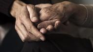 Menikah 70 Tahun, Suami-Istri Meninggal Sambil Berpegangan Tangan