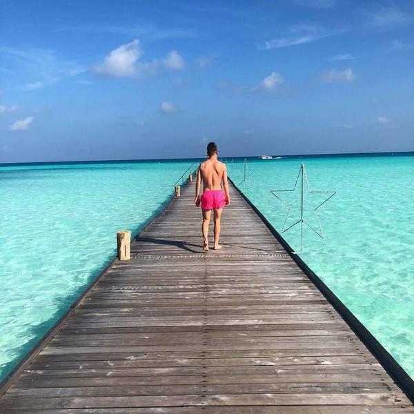 Piatek menikmati pesisir pantai yang cantik di Maldives (Instagram/pjona_9)