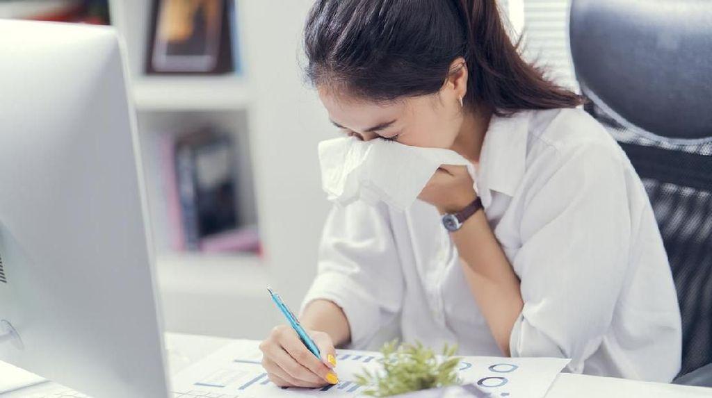 Masuk Musim Hujan, Cegah Flu dan Pilek dengan 5 Cara Unik Ini