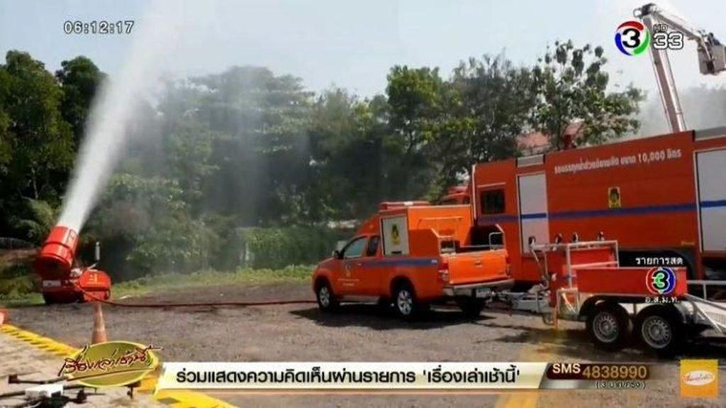 Pemerintah Thailand Manfaatkan Semprotan Air Gula untuk Atasi Polusi Udara