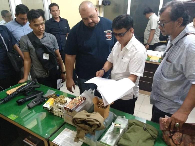 Geledah Rumah Adik Wagub Sumut, Polisi Temukan Senpi dan Amunisi