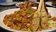 Makan Besar! Nasi Goreng NKRI dan Ayam Goreng Kalasan