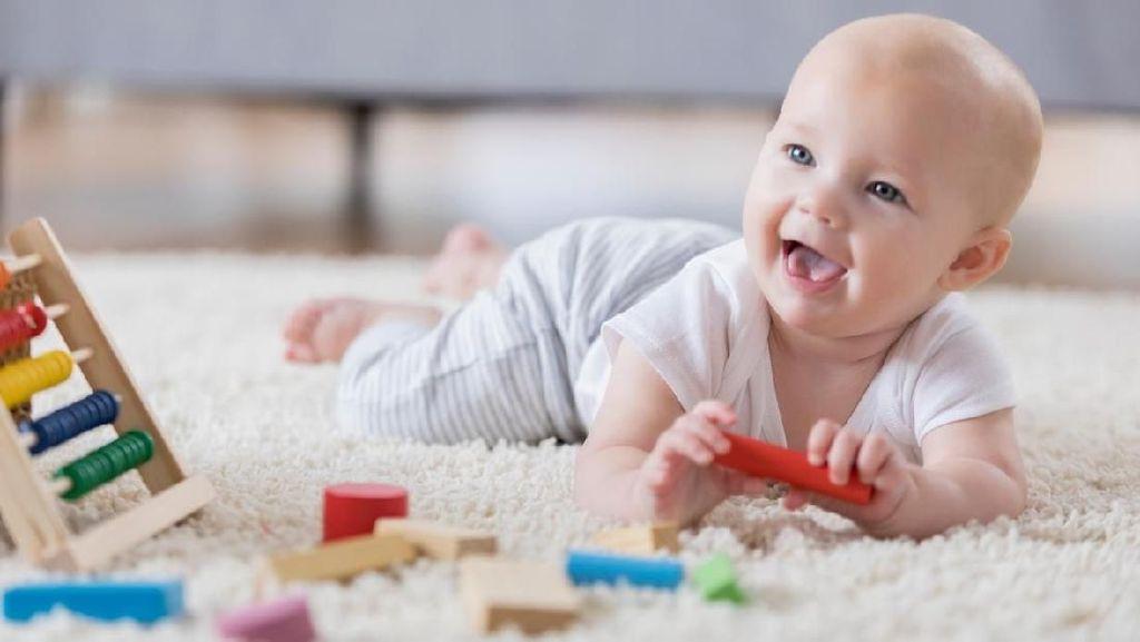 25 Nama Bayi Laki-laki Terinspirasi Ilmuwan Terkenal
