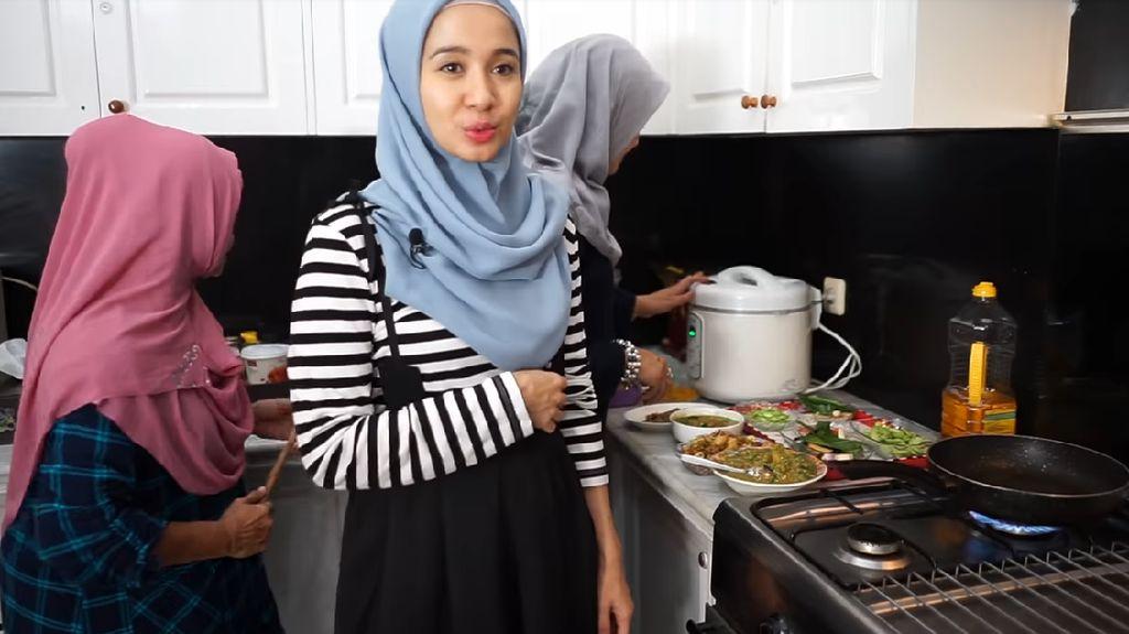 Laudya Cynthia Bella Hobi Kulineran hingga Bisnis Kue Kekinian