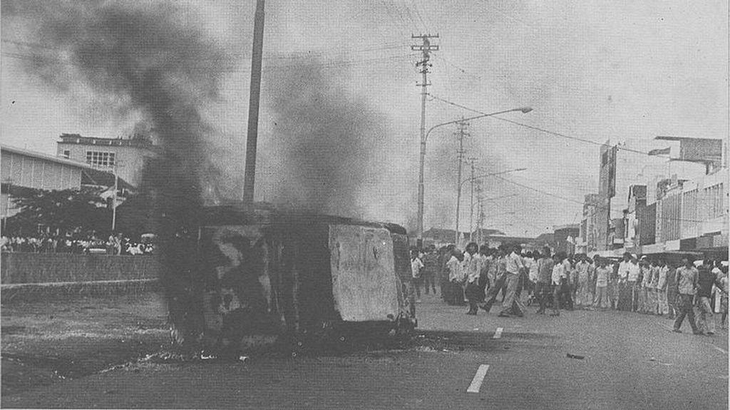 Pendiri Golkar yang Melawan Presiden Soeharto