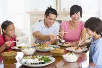 5 Aturan Penting Saat Makan Menurut Budaya China