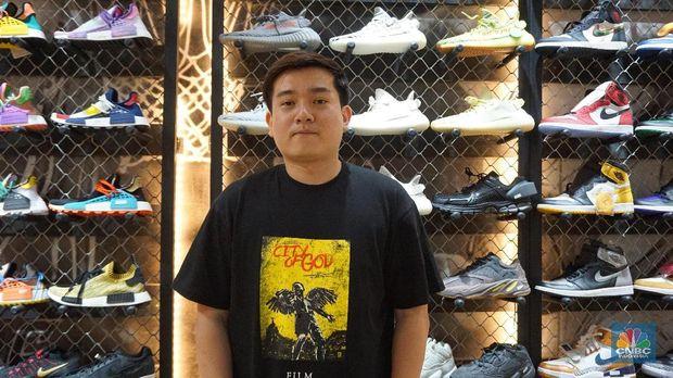 Tentang Sneakers, Dari Koleksi Hingga Jadi Sarana Investasi