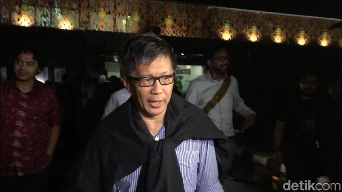 Rocky Gerung setelah diperiksa di Polda Metro Jaya (Wildan/detikcom)