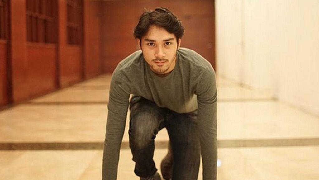 Taufiq: Lelaki yang Menantang Badai Jadi Film Biopik Pertama Achmad Megantara