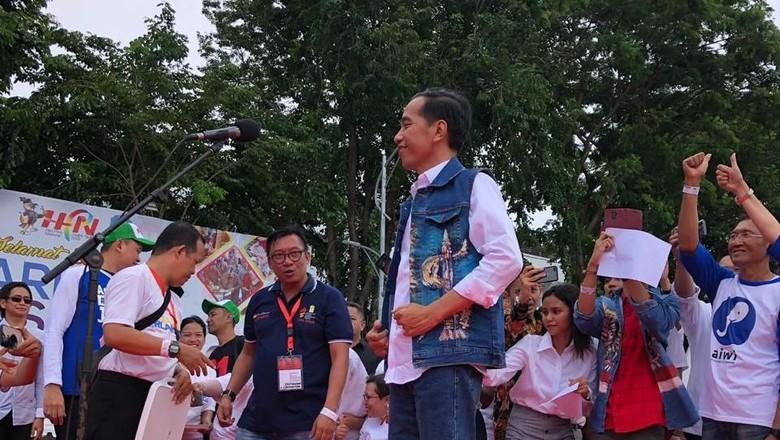 Panitia Alumni Jatim Sesalkan MC Beri Gelar Cak-Jancuk ke Jokowi