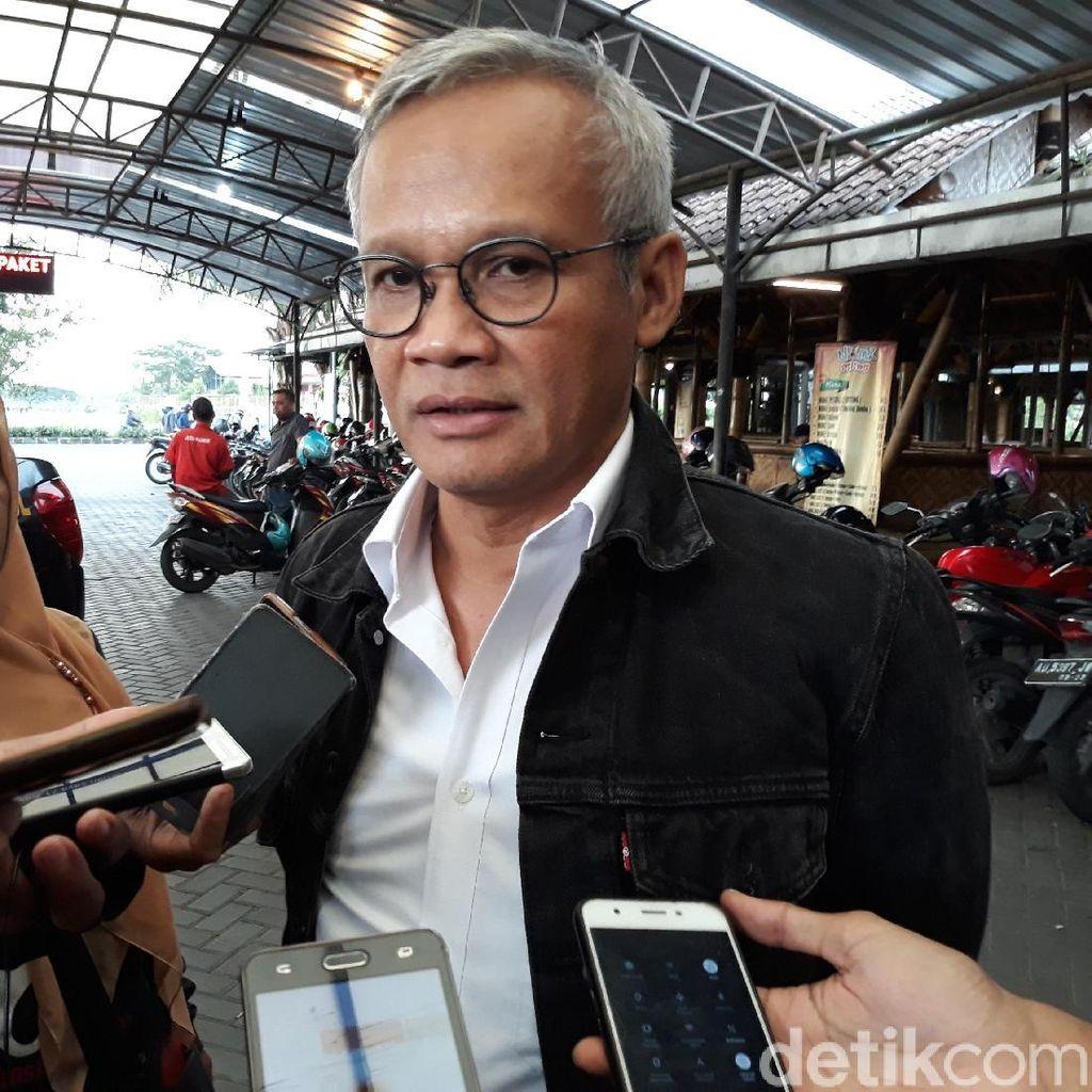 TKN: Pak Jokowi Tak Akan Serius-serius Amat, Lebih Banyak Senyum