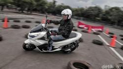 Motor Listrik Bebas Pajak Bisa Untungkan Konsumen