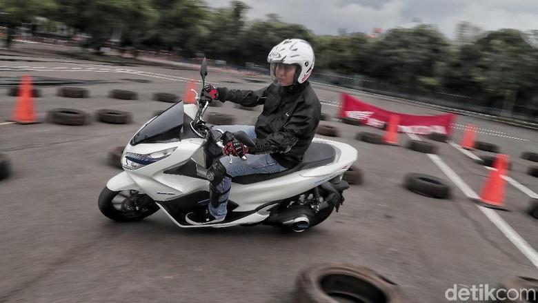 Test ride Honda PCX Electric Foto: Pradita Utama