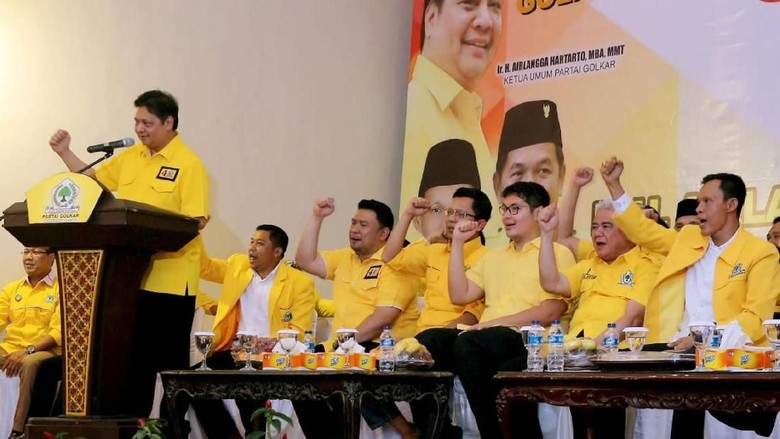 Saat Airlangga Bakar Semangat Kader Golkar di Bogor