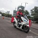 BBN-KB Jakarta Gratis, Honda Kebut Jual PCX Listrik?