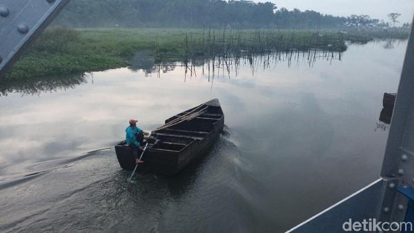 Pemandangan ini sekitar pukul 06.00 WIB. Lokasi persisnya ada di Desa Sumurup, Kabupaten Semarang, Jawa Tengah (Aji Kusuma/detikTravel)