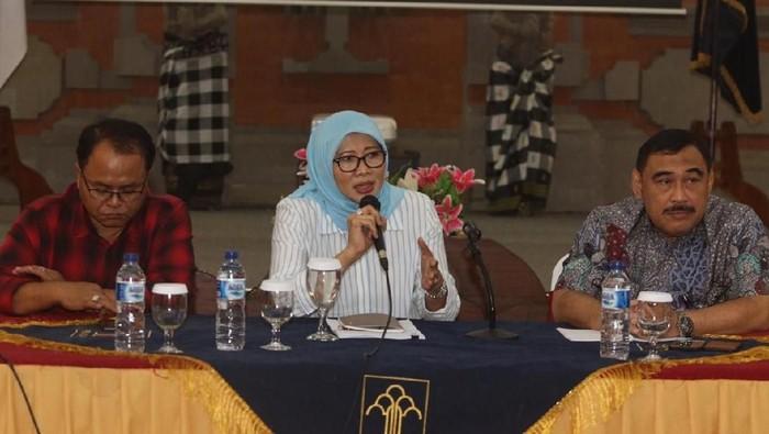 Dirjen Pemasyarakatan Kemenkum HAM Sri Puguh Utami berdialog dengan wartawan di Bali soal remisi yang diberikan ke I Nyoman Susrama, terpidana otak pembunuhan wartawan Radar Bali/Foto: Dok. SJB