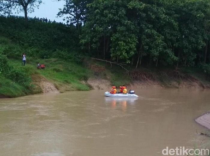 Lokasi warga blora tenggelam terpeleset di sungai. (Foto: Arif Syaefudin/detikcom)