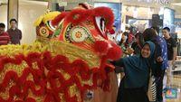 Antes del Año Nuevo Lunar, el centro comercial de Malasia reemplazó el adorno de cerdo con Doraemon