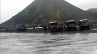Muncul Limpasan Air di Gunung Bromo dari Hujan, Bukan Kaldera