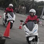 Kencan Pertama Honda PCX Listrik, Adakah yang Berbeda?