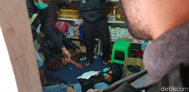 Pria yang Tewas Ditembak OTK di Papua Diterbangkan ke Probolinggo