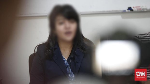 RA, yang disebut sebagai korban pelecehan seksual yang dilakukan oleh eks petinggi Dewan Pengawas BPJS TK.