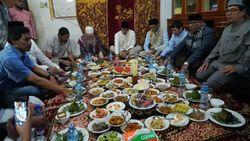 Di Lhokseumawe, Sandiaga Kunjungi Kiai Abu Mustofa Ahmad