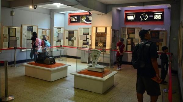 Museum Pos Indonesia berlokasi di Jalan Cilaki, Kota Bandung (Satria Nandha/detikTravel)