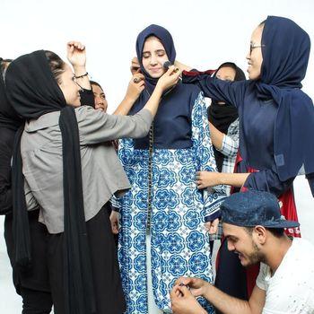 From Kalideres to Paris: Karya Pengungsi Dibawa Desainer ke Catwalk