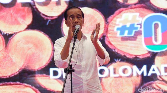 Foto: Jokowi dapat dukungan dari Sedulur Kayu dan Mebel Jokowi (Andhika/detikcom)
