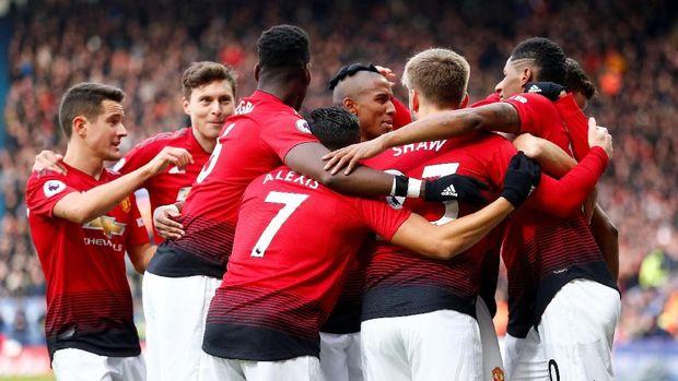 Manchester United kini bisa kembali masuk dalam persaingan perebutan zona empat besar Liga Inggris.
