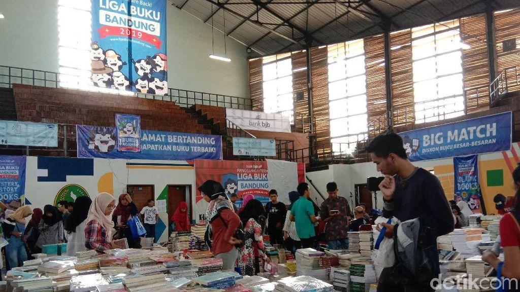 Berburu Buku Diskon Hingga 80 Persen di Liga Buku Bandung
