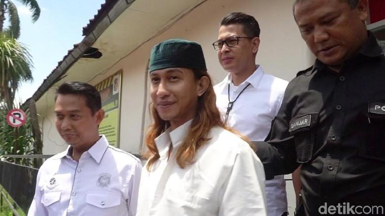 MA Restui Persidangan Habib Bahar Dipindah ke Bandung