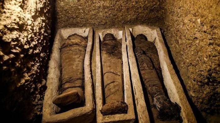 Mumi kuno di Mesir (Foto: Photo by MOHAMED EL-SHAHED/AFP)