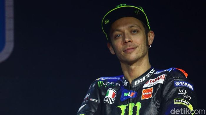 Valentino Rossi menyuntikkan motivasi kepada pebalap Indonesia. (Grandyos Zafna/detikSport)