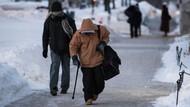 Kisah-kisah Mengharukan di Balik Cuaca Ekstrem Ala Kutub di AS