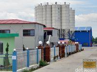 Jalan Utama Warga Terancam Ditutup Pabrik Girder Kereta Cepat