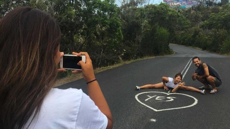 Tulisan Yes di Tengah Jalan di Australia pun Bisa Jadi Lokasi Instagram