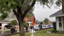 Penampakan Rumah Warga yang Terbakar Hebat Usai Ditabrak Pesawat