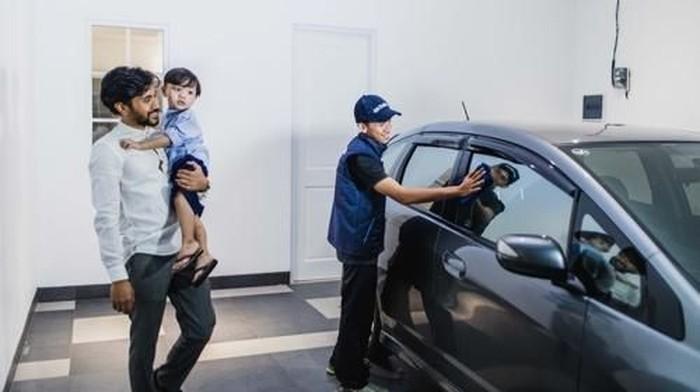 Layanan cuci mobil Go-Life di Go-Jek. (Foto: dok. Go-Jek)