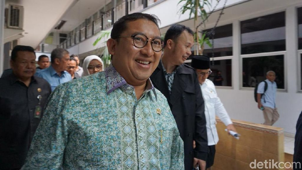 Fadli Zon Tepis Prabowo Tolak Nyanyi Bareng Nissa Sabyan karena Lirik Islami