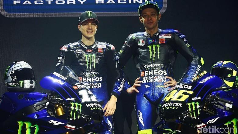 Maverick Vinales dan Valentino Rossi (Foto: Grandyos Zafna)