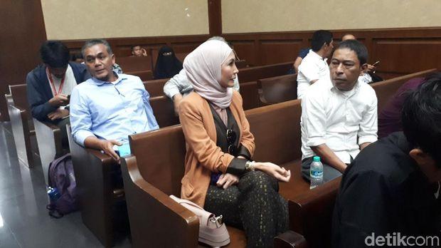 Steffy Burase di Pengadilan Tipikor, Jakarta, Senin (4/2/2019)