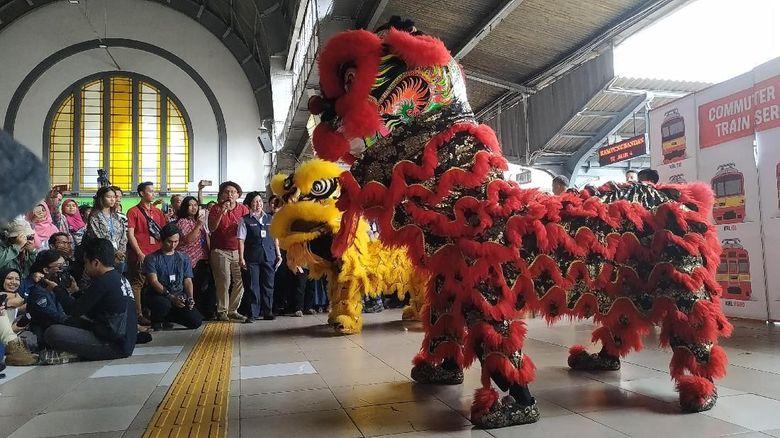 Image result for barongsai stasiun kota